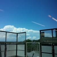 モノレールから見た入道雲